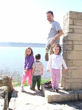 Dad kids Lake Pepin